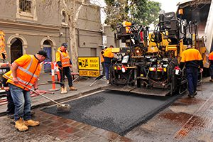 Around 100 tonnes of recycled glass and plastic have been used in a road resurfacing project in Melbourne's City of Yarra.