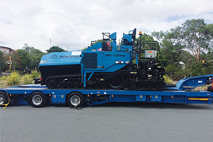 Behind Australia's latest heavy-duty high compaction screed