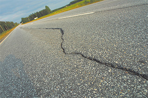 New technical specification for bituminous pavement crack sealing