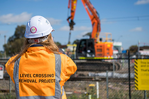 Alliance begins major level crossing construction at Hoppers Crossing