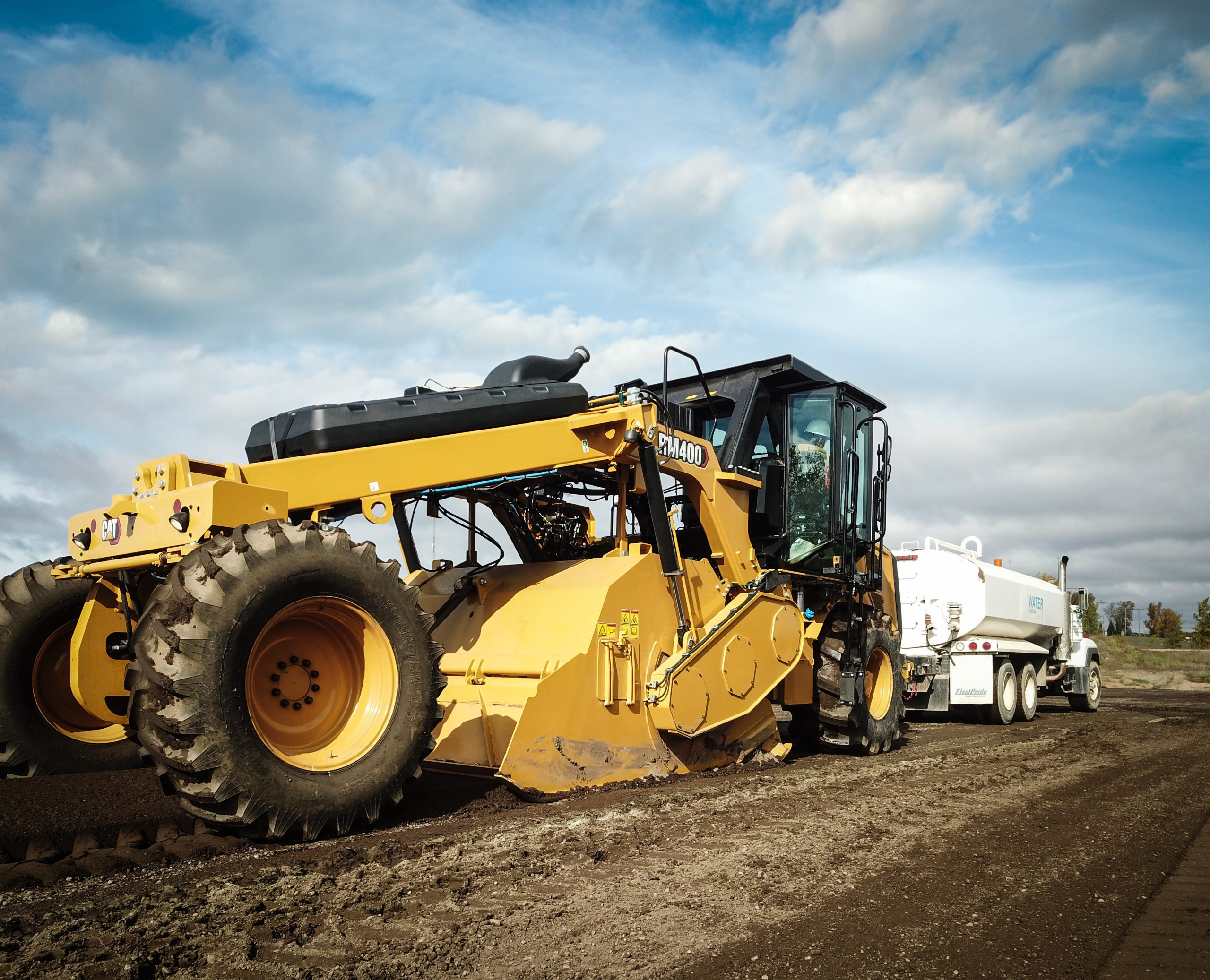 A look at Cat RM400 reclaimer and soil stabilisers