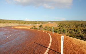 The Northern Territory Government is investigating options to help improve traffic flow through Heavitree Gap (Ntaripe) in Alice Springs.