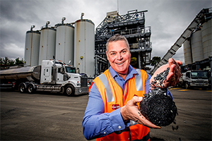 Recycled plastic used to resurface Melbourne streets